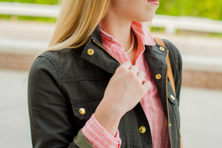 Olive field Jacket Coral Shirt
