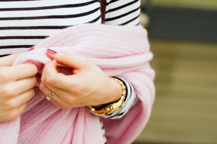 How To Wear A Pink Cashmere Wrap Classy Sassy